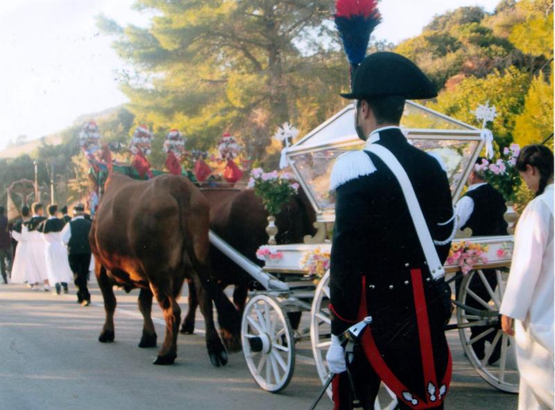 Processione a Collinas - Franco Boggero