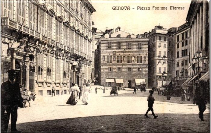 Piazza Fontane Marose